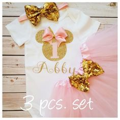 Minnie Mouse pink and gold tutu outfit,Tutu birthday outfit,Minnie Mouse birthday outfit,pink birthday tutu,pink tutu,girl birthday outfit by MyBirthdayBoutiqueCo on Etsy https://www.etsy.com/uk/listing/466221955/minnie-mouse-pink-and-gold-tutu