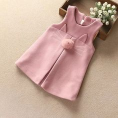 57 Design de moda na moda para crianças bebê - Nähen kids - Fashion Design For Kids, Kids Fashion, Trendy Fashion, Fashion Styles, Fashion Clothes, Baby Dress Design, Baby Dress Patterns, Apron Patterns, Clothes Patterns