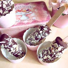 Vegan Paleo Chocolate-Banana Ice Cream with Almond Chocolate Banana Ice Cream, Paleo Chocolate, Summer Treats, Fudge, Acai Bowl, Almond, Food And Drink, Healthy Eating, Barbie