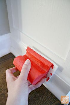 Spring Cleaning Tips: Baseboard cleaning