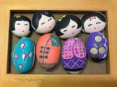 More kokeshi dolls ..#illustration#TagsForLikes#picture#artist #pen#artsy#pictureoftheday#globalrockpainters#instagood#artoftheday#pebblepainting#stonepainting#pebbles#rockpaintin#livelovelebanon#whatsuplebanon#livelovebeirut#insta_lebanon#whatsapplebanon#kokeshi#kokeshidoll#beautiful#love#photooftheday#valentines #gift#giftideas#colors