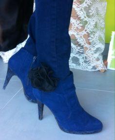 Clips à chaussures en organza plissé Nany'n Couture Sur Mesure Nouvelle création Nany'n. #creation  #wedding # #lace #fashion #accessory #madeinfrance #faitmain #robe #soie #soirée #accessoiresl #nanyn #vintage