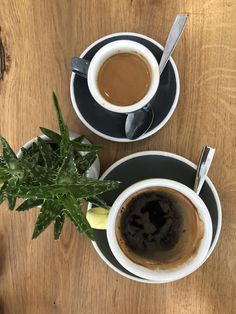 Americano and expresso, coffee vibes , coffee styling , coffee shop , black coffee Photography Set Up, Coffee Photography, Coffee Is Life, Coffee Shop, Perculator Coffee, Biggby Coffee, Home Coffee Machines, Coffee Coupons, Discount Coffee