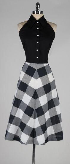 vintage 1950s dress. parece anticuado pero véanlo detenidamente e imaginen celo puesto. es bello