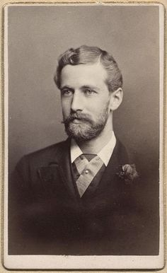 Cabinet Card of a handsome man from around If I lived in his era (or need to play the part of a guy in this era), I would choose his appearance, with his awesome hair and facial hair. Antique Photos, Vintage Pictures, Vintage Photographs, Vintage Images, Old Photos, Vintage Men, Cthulhu, Vintage Gentleman, Victorian Men