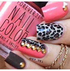Leopard nails with gold embellishments Fabulous Nails, Gorgeous Nails, Pretty Nails, Garra, Get Nails, How To Do Nails, Kathy Nails, Aloha Nails, Diva Nails