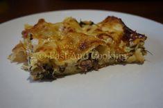 Un piatto appetitoso che non ti deluderà le lasagne al forno con ricotta funghi salsiccia e rucola un'alternativa alle solite lasagne.