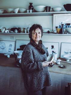 This exhibition presents an outstanding body of work by one of Australia's greatest artists working in clay. Meet Prue Venables in this unique opportunity to hear her discussing her work. Living Treasures, Australian Painting, The Nines, Artist At Work, Great Artists, Hamilton, Melbourne, Opportunity, Art Gallery