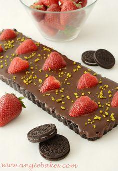 oreo no bake yummmm :) Oreos, Raspberry, Sweets, Cookies, Chocolate, Baking, Fruit, Food, Crack Crackers