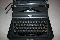 I love old typewriters.  At one point I had at least 5 from ebay and sold all but one back.  This one looks good.