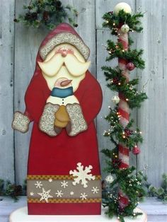 Decorative Woodcraft Tole Painting Pattern Packets by Heidi Markish Designs - Wood Crafting Santa Crafts, Christmas Wood Crafts, Christmas Yard, Primitive Christmas, Country Christmas, Christmas Projects, All Things Christmas, Holiday Crafts, Christmas Ornaments