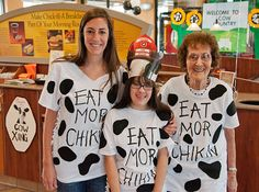 Cow Appreciation Day - Wear Your Cow Costume Kids Cow Costume, Cow Halloween Costume, Cow Diy Costume, Card Costume, Toddler Fun, Toddler Crafts, Chik Fil A Cow, Chic Filet, Cow Appreciation Day