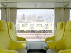 Architect Kazuyo Sejima's design for a Japanese commuter train with huge passenger windows and a curved glass nose is now in operation. Commuter Train, Corporate Identity Design, Sofa Styling, Transportation Design, Mobile Design, Architect Design, Luxury Living, Building Design, Living Room