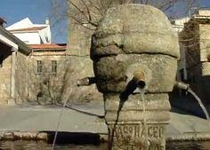 El pilón junto a la Parroquia de San Juan.