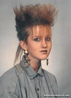 Outstanding Hairstyles That You Can Almost Smell The Aqua Net Hairspray 80s Haircuts, 1980s Hair, Curly Nikki, Spring Hairstyles, 80s Hairstyles, Yearbook Photos, Funny Yearbook, Robert Smith, Glamour Shots