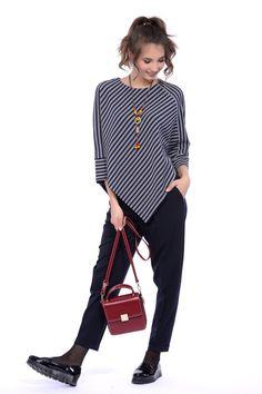 Джемпер Lautus 268-645: купить в интернет-магазине GroupPrice недорого Batik Kebaya, Batik Dress, Sewing Clothes, Fashion Outfits, Womens Fashion, Dress Patterns, Casual, Women Wear, Shirt Dress
