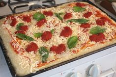 Easy No-Roll, No-Stretch Sicilian-Style Square Pizza at Home | Serious Eats : Recipes