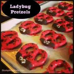 Ladybug Pretzels are so easy to make and the kids will love them! Perfect for baby showers or birthday parties!