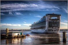 http://WorldVenturesTV.blogspot.com Caribbean Princess