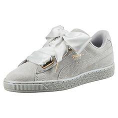 huge discount 50576 7bdac Puma lança novos ténis Suede Heart   Trendy   casual fashion   Pinterest    Shoes, Sneakers and Puma suede