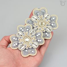 »Snowflakes« soutache earrings by Tereza Drábková