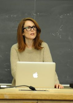 Still Alice-Unutma Beni-Julianne Moore Julianne Moore, Netflix Movies To Watch, Sad Movies, Awesome Movies, Xavier Dolan, Norman Bates, David Fincher, Anthony Hopkins, Matt Damon