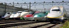 小山新幹線車両センターで、報道関係者向けに公開された歴代のJR東日本の新幹線車両(19日、栃木県小山市)=共同