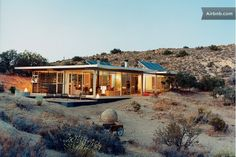 Off-grid itHouse in Pioneertown