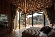 Kengo Kuma has designed Block D of the Lotte Jeju Resort Art Villas, located in South Korea. Kengo Kuma, Beautiful Bedrooms, Beautiful Interiors, Beautiful Hotels, Architecture Design, Japanese Architecture, Contemporary Architecture, Block D, Villas
