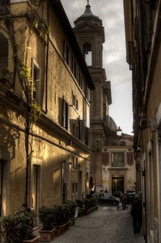 A side street between Via del Babbuino and Via Margutta, Rome, Italy