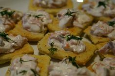 Pepper & cheddar shortbread canapés with smoked salmon and sourcream