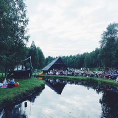 Chill vibes. #music #musicfestival #acoussionlive #acoussionlive2016 #chillvibes #greatsurroundings #enjoyinggreatmusic #tallinnstreetstyle #TSS