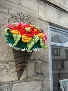 Yarn Bombing Hanging Basket Flowers ❥ 4U // hf