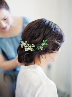 These were the three words this bride used as design inspiration for summertime wedding at Villa San Juan Capistrano. Inspired by a recent trip to Tuscany, the couple wanted to bring that same old world Italian charm. Curly Wedding Hair, Romantic Wedding Hair, Wedding Hair And Makeup, Wedding Updo, Bridal Hair, Hair Makeup, Wedding Set, Spring Wedding, Summer Weddings