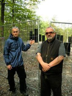 """Peter """"Sleazy"""" Christopherson (COIL) & Ivan Pavlov who is a true gentlemen in person. ~=EE"""