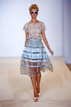 Spring 2013 Trend Report: Lace (Temperley London)