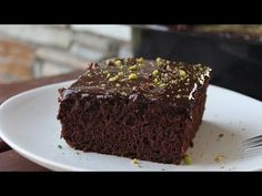 (217) Πανεύκολη Νηστίσιμη Γλυκάρα - Ultimate Vegan Chocolate Cake - YouTube Vegan Chocolate, Chocolate Cake, Sweet Recipes, Vegan Recipes, Pastry Design, Greek Sweets, Pastry Cake, Biscotti, Sweet Tooth