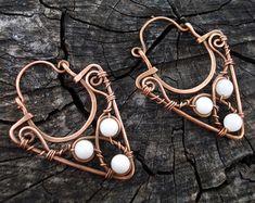 White copper triangular earrings, Hoop wire wrap earrings, Hand forged jewelry, Elegant modern women jewellery, Handmade unique earrings