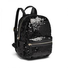 Am pregatit pentru tine din colectia Portofelultau o selectie de cadouri potrivite pentru femei si fete sau pentru iubita!💕 🎁Ofera un cadou practic si cu siguranta nu vei da gres!👍 #cadourifemei #giftideas #gifts #cadoupentruea Fashion Backpack, Backpacks, Bags, Instagram, Handbags, Dime Bags, Women's Backpack, Lv Bags, Purses