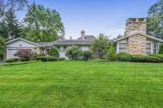 36 Illinois, Cabin, House Styles, Home Decor, Decoration Home, Room Decor, Cabins, Cottage, Home Interior Design