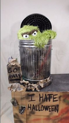 Oscar The Grouch, Hey Girl, Thought Provoking, Smile, Costumes, Make It Yourself, Halloween, Box, Pictures
