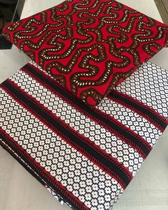"Ankara Zone on Instagram: ""Ankara fabric is trending globally. @fabriks_and_more is your No 1 plug for quality, durable and colourful  fabrics.  100% Cotton Fabric…"" Ankara Fabric, Plugs, Cotton Fabric, Fabrics, Shoulder Bag, Color, Instagram, Colour, Corks"