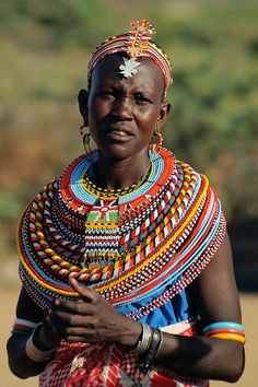 African Safari Beads are among the most intriguing and important symbols in African Culture, Past and Present. We ship across the world. African Tribes, African Women, African Art, African Beads Necklace, African Jewelry, Style Africain, African Accessories, Tribal People, Quirky Fashion