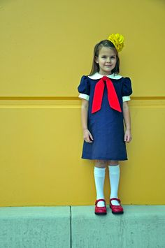 Modern Madeline dress from a vintage Simplicity pattern. So want to make this for Kady!