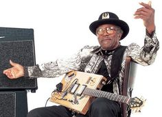 Mar 2: On this day in 1955, Bo Diddley had his first recording session in Chicago. #BoDiddley