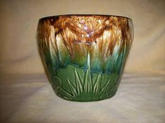 ROSEVILLE POTTERY PLANTER