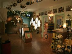 honey displays   Bee and honey museum, souvenirs, toys and an educational display for ...