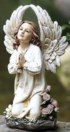 Guardian Angel With Large Wings Kneeling Garden Or Memorial Figure