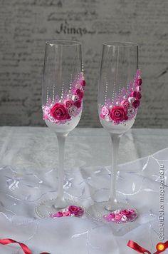 Свадебные бокалы ручной работы Счастливые розы - авторский свадебный подарок. МегаГрад - город мастеров                                                                                                                                                     Mais