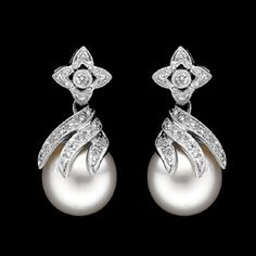 Pearl Earrings | Pearl earrings are affordable and elegant at the same time. No matter ...